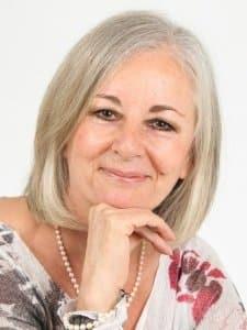Natalie Lewis - Intuitive, Healer & Psychic